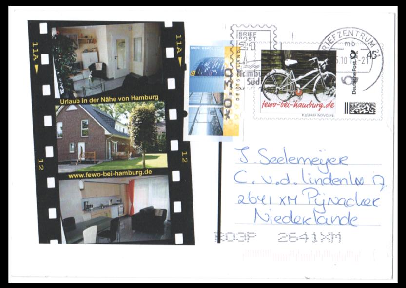 """Abbildung 29: Pluskarte """"Ferienwohnung bei Hamburg"""" in die Niederlande, Zusatzfrankatur 30 ct, Maschinenwerbestempel 25.10.13, Briefzentrum 21, Auflage 20 Stück"""